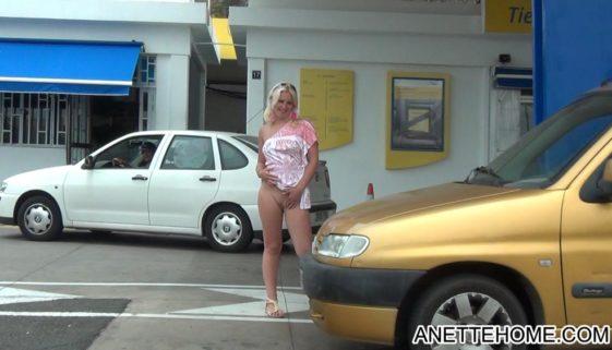 uden trusser på tankstationen